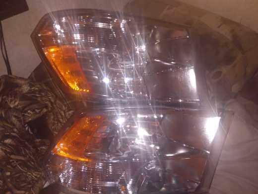 headlights 2500 ram 2019