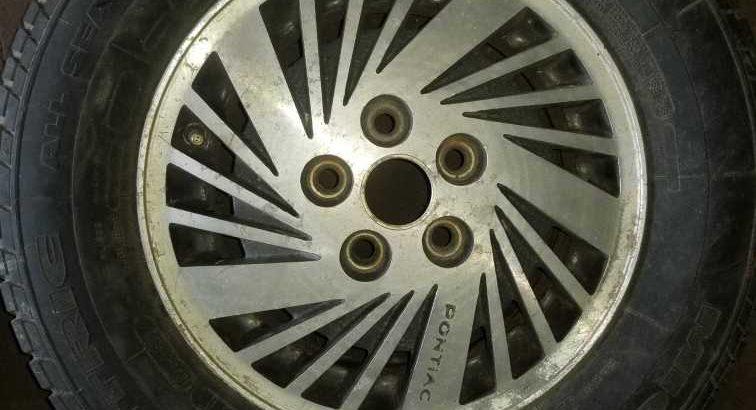 80s Pontiac wheel